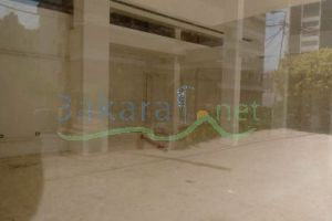 Real estate - Stores For Rent Herch tabet, Beirut, Beirut, Lebanon - 13556