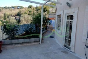 Building For Sale Kornet Hamra, El Meten, Mount Lebanon, Lebanon - 13045